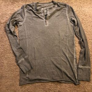 Rogue State taupe colored Henley S